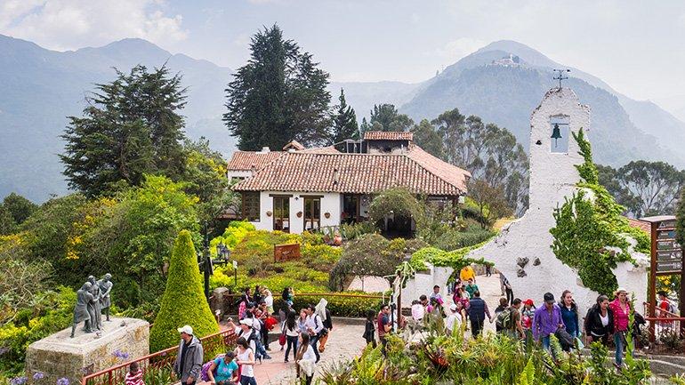 Bogota Colombia cerro de monseratte mappea