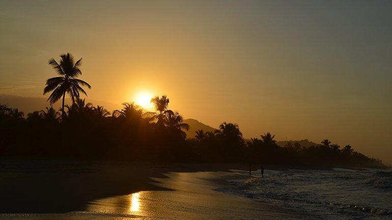 palomino colombia zonsondergang strand