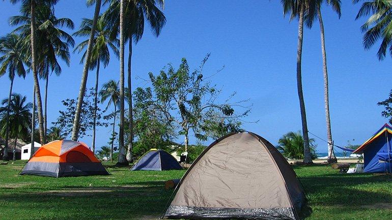 overnachten Tayrona Colombia Santa Marta slapen kamperen